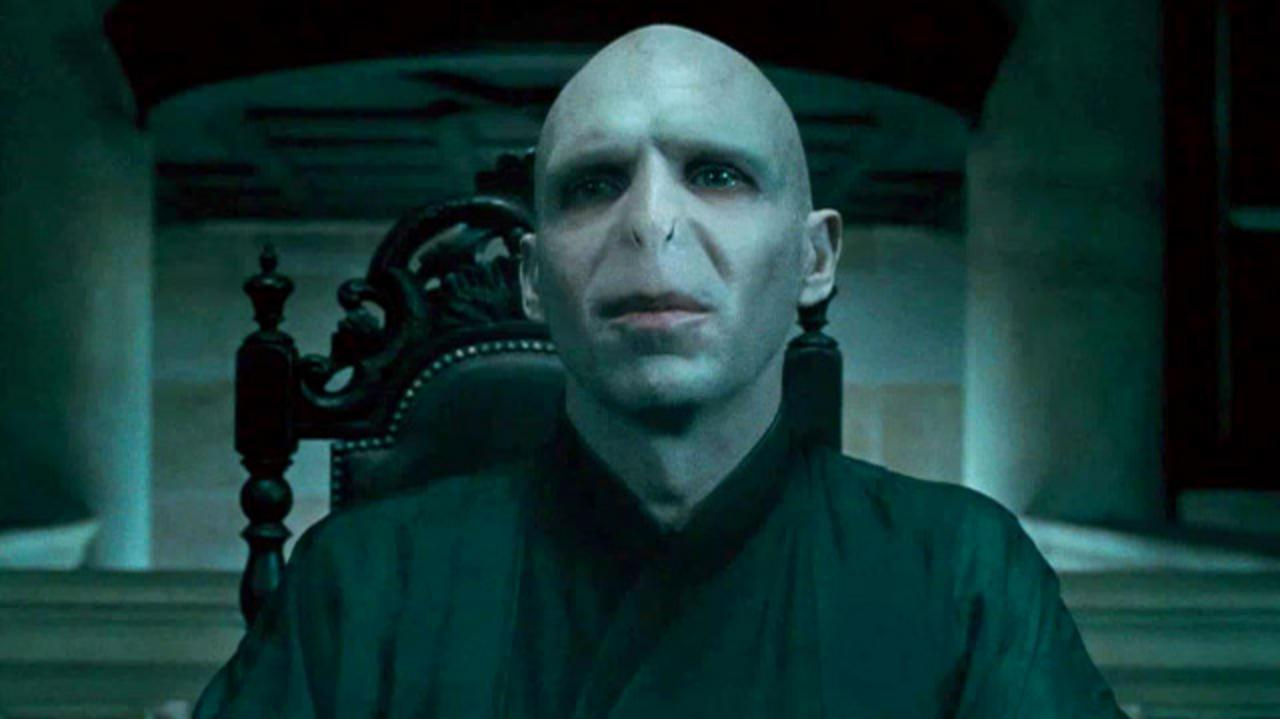 Harry Potter and the Deathly Hallows Part One - 60 Second TV Spot