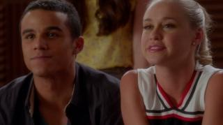 Glee A lesson in Twerking