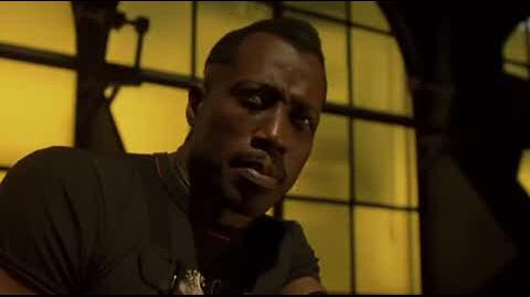 Blade II - Blade gives himself a shot