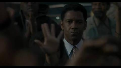 American Gangster - Giving away turkeys
