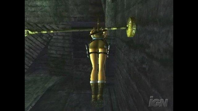 Tomb Raider Anniversary PlayStation 2 Gameplay - Swingin'