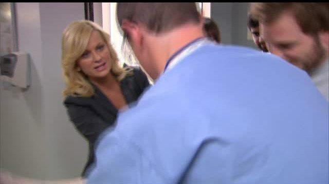 Parks and Recreation TV Clip - Andy Gets His Cast Off