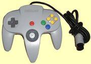 Game pad Consola Nintendo 64.jpg