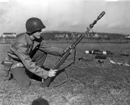 File:M1 Garand rifgren-shooting line.jpg