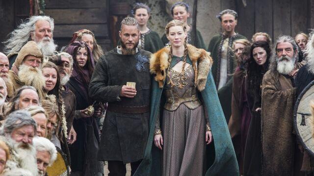 File:Vikings episode10a-E.jpeg