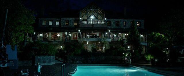 File:The Gundy Mansion.jpg