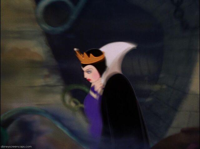 File:Queen 4.jpg