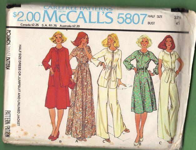 File:McCall's 5807.jpg