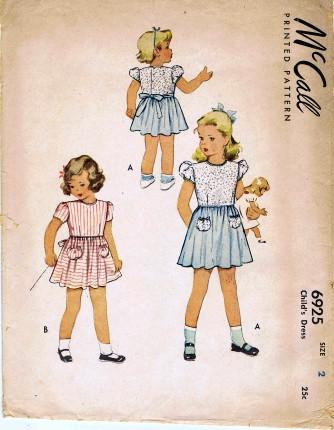 McCalls 1947 6925