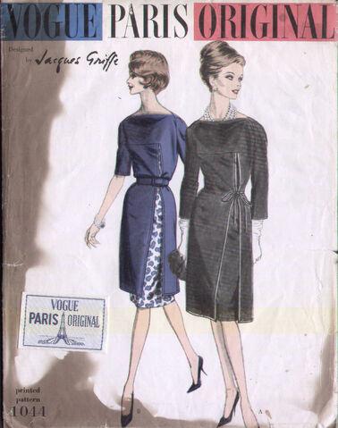 File:Vogue 1044 a.jpg