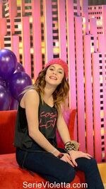 Martina-Stoessel-The-u-mix-show-5