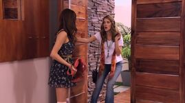 Violetta and Angie (1)