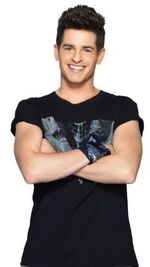 Andrés Season 3 promotional pic