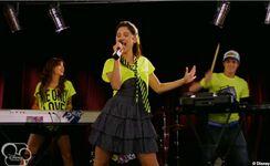 Fran canta