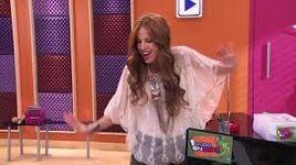Camila singing the new version of Algo Suena En Mi