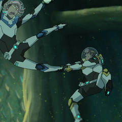 Hunk must have taken track and field too, 'cause that looks just like a hammer throw.
