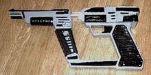 Pistolside1a-0