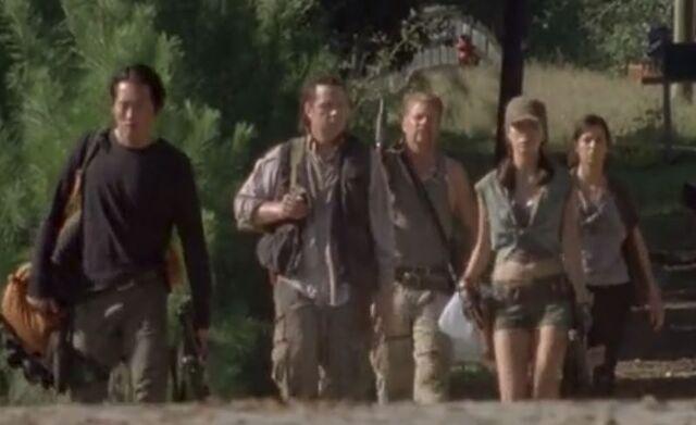 File:Glenn,Eugene,Abe,Rosita,Tara (Claimed).JPG