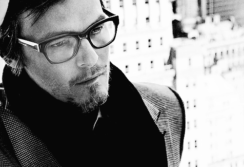 File:Glasses Reedus.png
