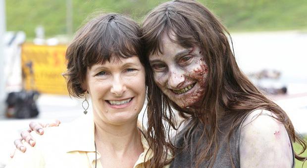 File:The Walking Dead Behind The Scenes, 1.jpg