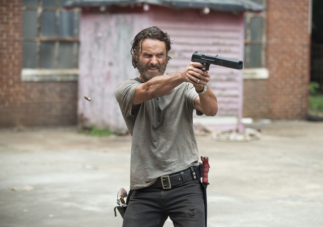 File:AMC TWD Crossed.png