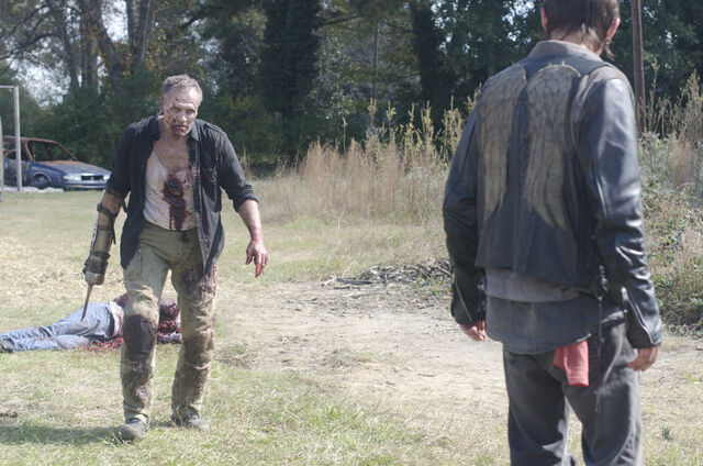 File:Walking-Dead-315-BTS-8b.jpg