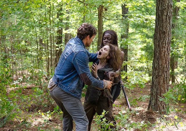 File:AMC 610 Spencer Kills Deanna.png