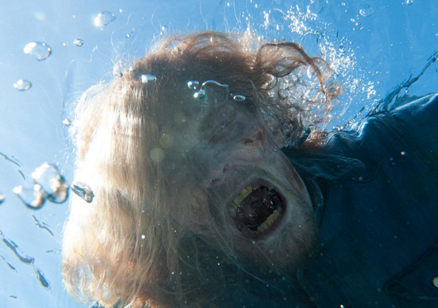 File:FTWD 201 Walker Underwater.png