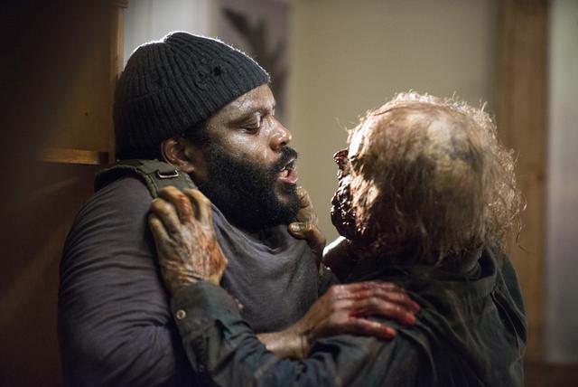 File:AMC 509 Walker Attacks Tyreese.png