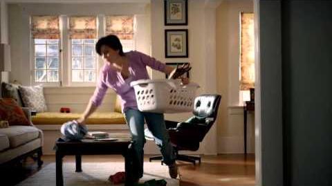 The Walking Dead Season 3 Time Warner Super Bowl TV Spot Hamper