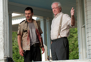 File:111003mag-walking-dead1.jpg