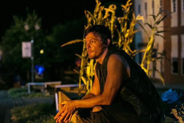 File:Walking-Dead-308-03.jpg