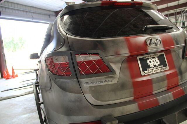 File:2013 Hyundai Santa Fe Zombie Survival Machine 8.jpg