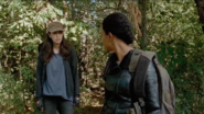 Rosita Espinosa and Sasha Williams 7x14 Going