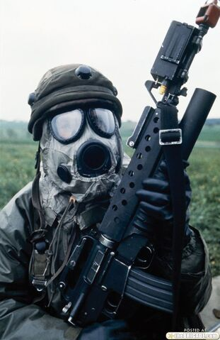 File:Gas-masks-500-8.jpg