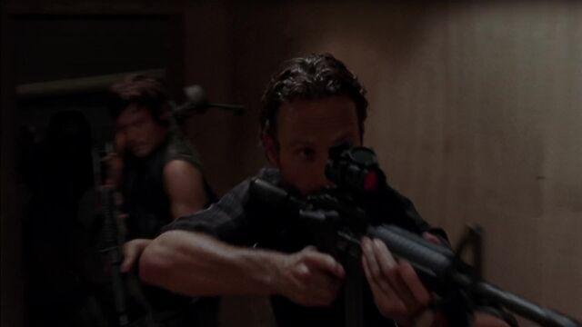 File:The Walking Dead S03E08-1073.jpg