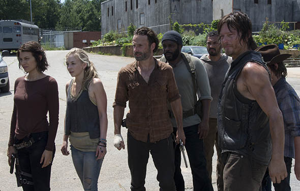 File:TWD-Episode-408-Main-590-34p69gj34p598340-eryup.jpg