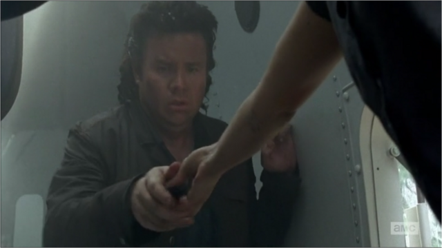 File:5x05 Obtaining A Pocket Knife.png
