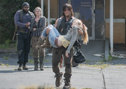 AMC 508 Daryl Carrying Dead Beth.png