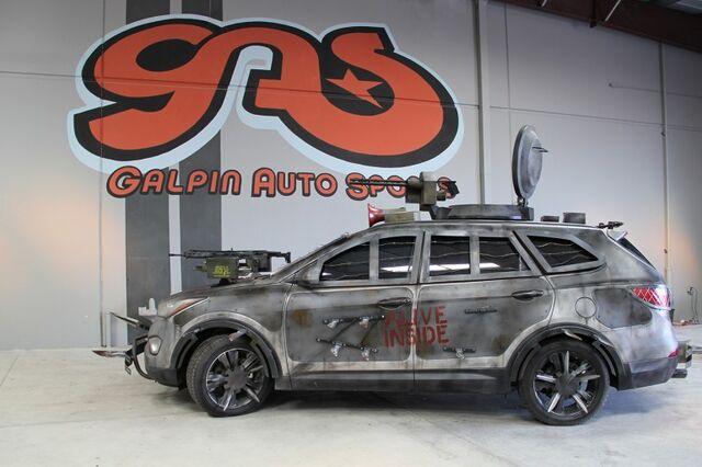 File:2013 Hyundai Santa Fe Zombie Survival Machine.jpg