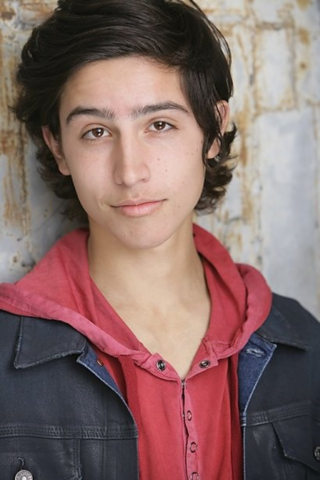File:Lorenzo Henrie4.png