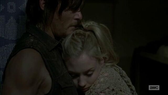File:Beth super duper cute cheek hugging Daryl.JPG