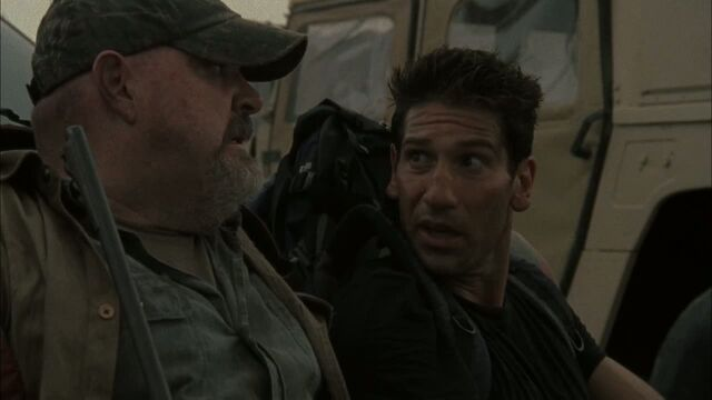 File:Otis and Shane 2x02.jpg