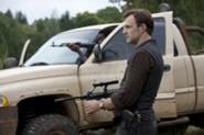 File:185px-Walking-Dead-310-BTS-03.jpg