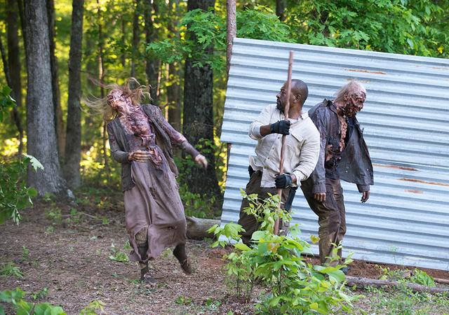 File:AMC 601 Morgan Kills Walkers.png