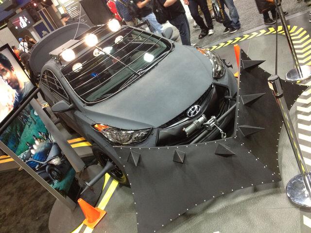 File:Hyundai Elantra Lights.jpg