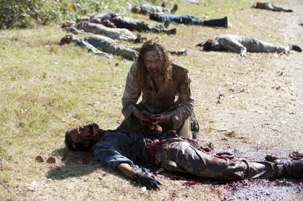 File:The-walking-dead-season-3-episode-15-this-sorrowful-life-600x399.jpg