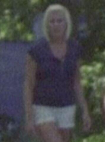 File:Blonde Camp Teen Crop dihsghd.JPG