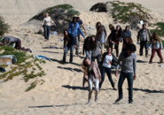 FTWD 203 Beach Horde