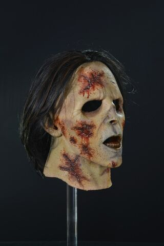 File:Suit Walker Zombie Mask 2.jpg